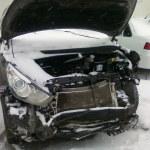 Авто с разбитым передом
