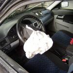 Машина после аварии — вид из салона